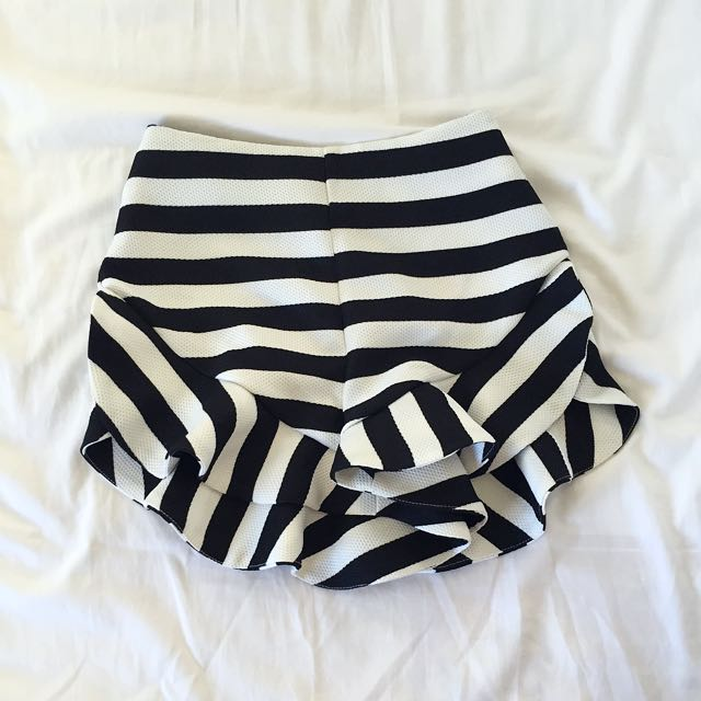 REDUCED Frilled Stripped Shorts