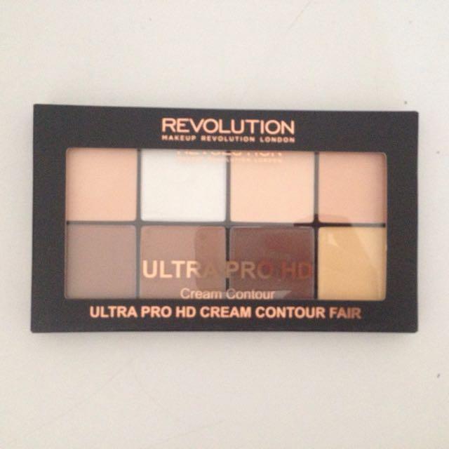 Makeup Revolution Cream Contour Palette