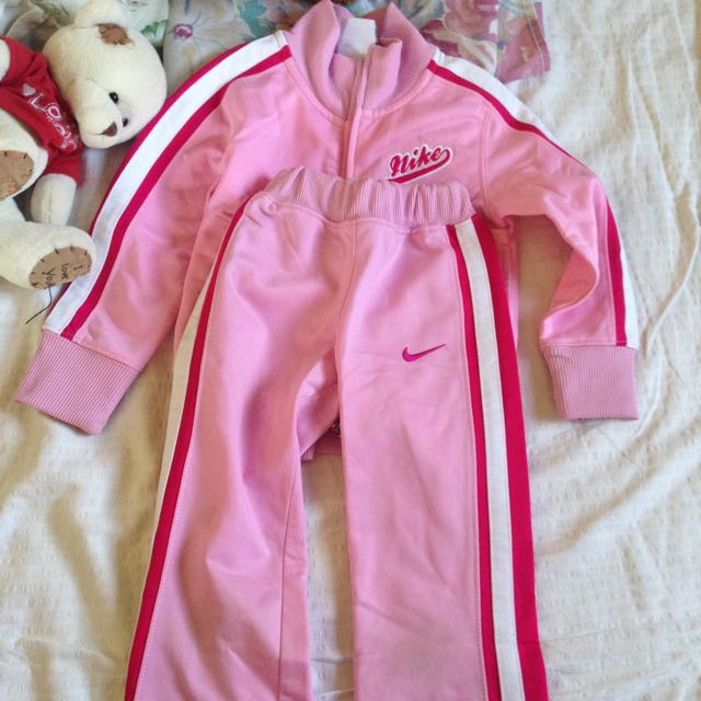 Nike Jacket And Pants For Kids