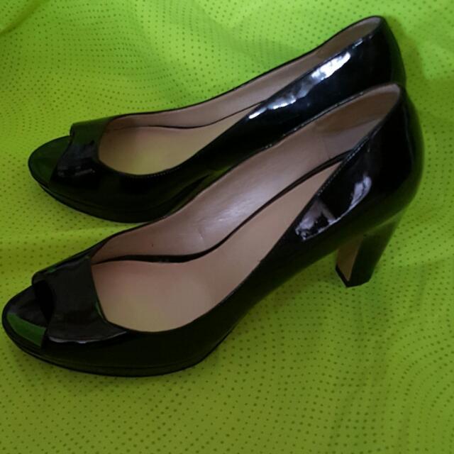 NINE WEST 黑色高跟鞋