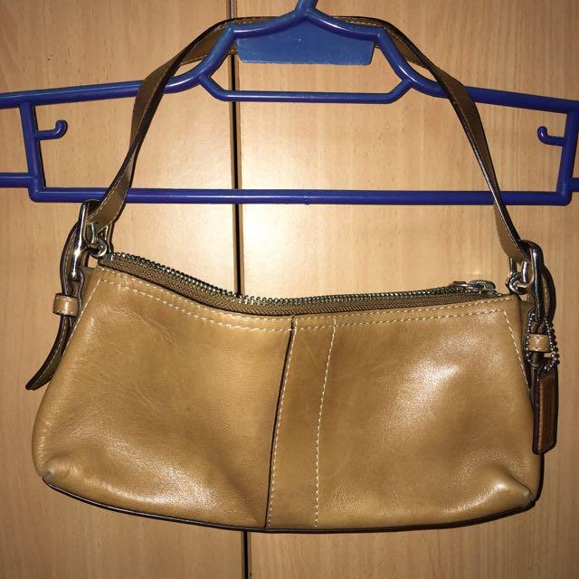 Pre Loved COACH Leather Handbag