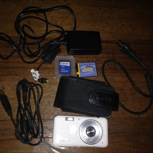 Pre-Loved Kodak Rechargeable Camera