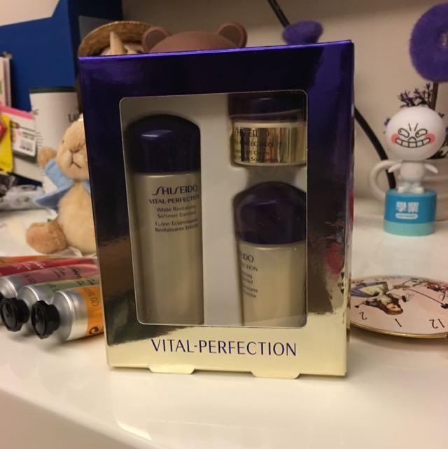 (降價啦)Shiseido 全效抗痕保養組