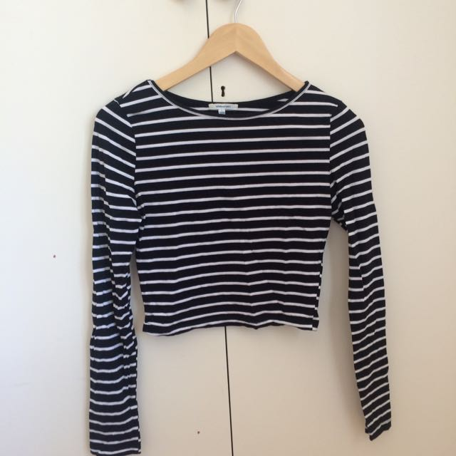 Striped long-sleeve cropped top