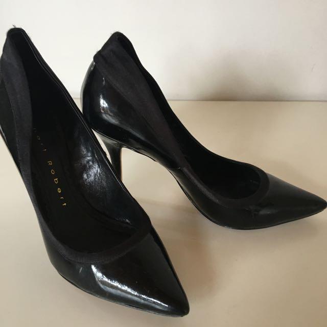 Women's ROBERT ROBERT Black Pointed Heels
