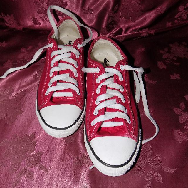 SALE!! WORLD BALANCE - Ladies Sneakers ORIGINAL