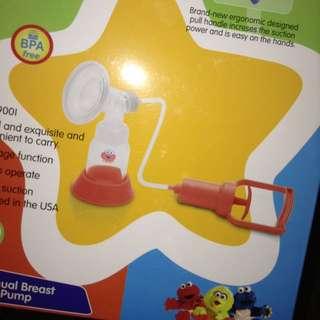 REPRICED!! Sesame street Manual Breast Pump & Feeding Bottles