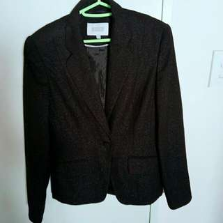 Women black suit (size 8)
