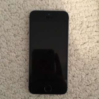 iPhone 5s 16g Locked To Bell