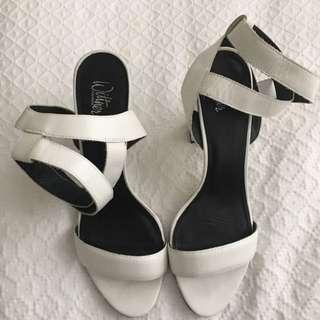 Wittner White Heels