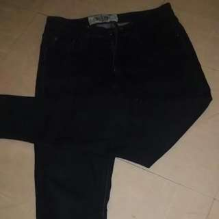 Preloved Black Skinny Jeans