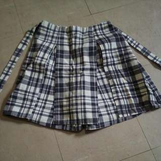 Checkered Short Skirt