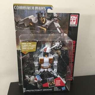 Transformers Generations Combiner Wars Deluxe Protectobot Groove
