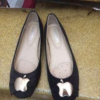 sepatu hitam no 37 #1212sale