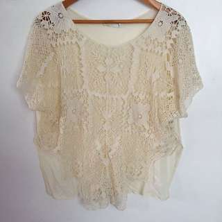 LACE FRONT TOP