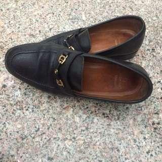 Aigner Sepatu Kulit