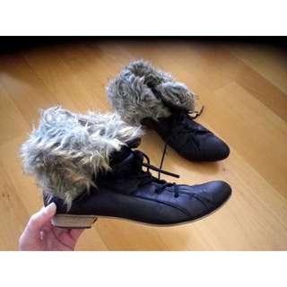 Women's Black Faux Fur Boots with Lace-up front, Size AUS7