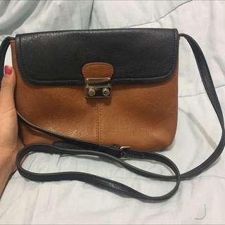 sling bag stradivarius