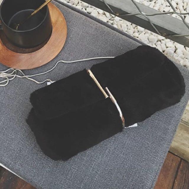 降價賣!全新品 秋冬新款毛絨小包手抓包信封包女包鏈條包毛毛包單肩包斜挎包