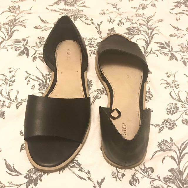 2016 Black Slip-On Sandals