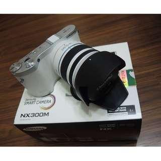 【出售】Samsung NX300M + 18-55mm WiFi 微單眼相機 盒裝完整 9.5成新