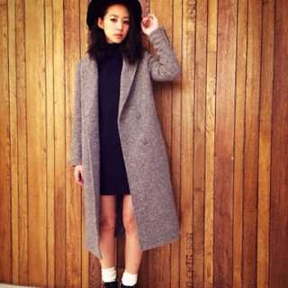 日本專櫃品牌moussy 高詢問度羊毛排釦長板大衣