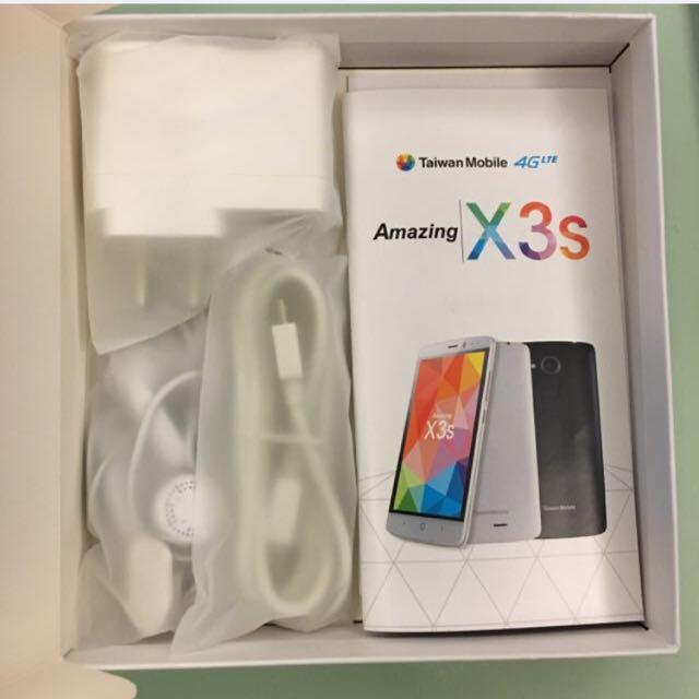 台灣大哥大4G全新手機