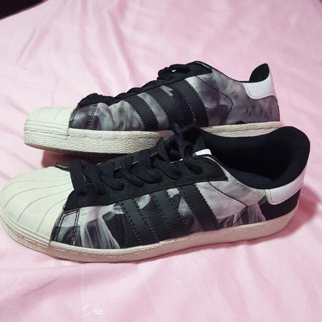 official photos d0f74 2d297 Adidas x Rita Ora Superstar 80's White Smoke Pack on Carousell