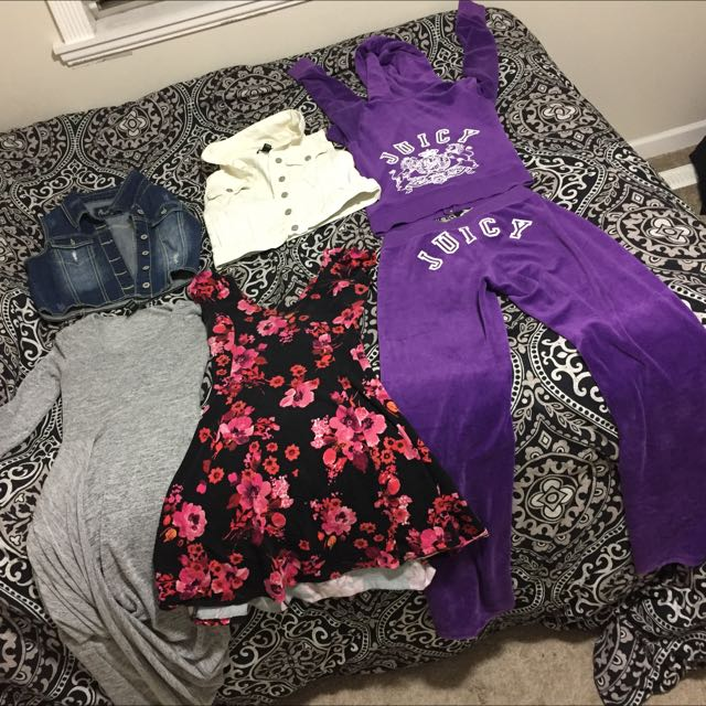 Authentic Juicy Couture 60$ Everything Else Is 10$