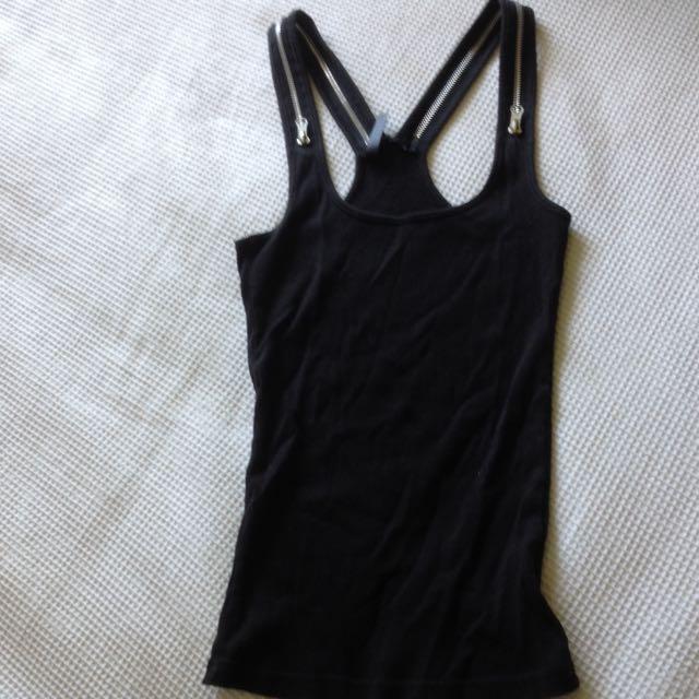 Black Singlet With Zip Straps