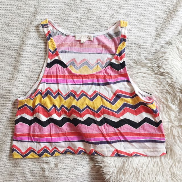 Forever 21 Sleeveless Crop Top