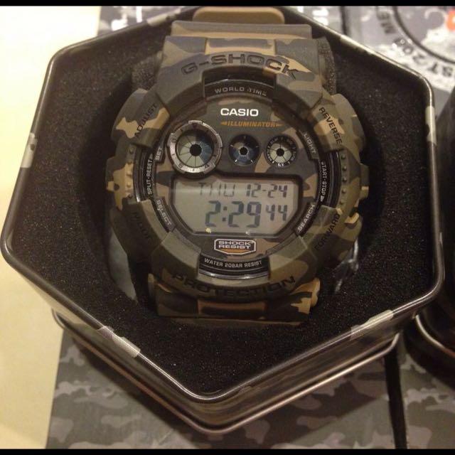 (過年大特價)G SHOCK 迷彩手錶(急出售)