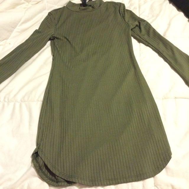 green form fitting dress