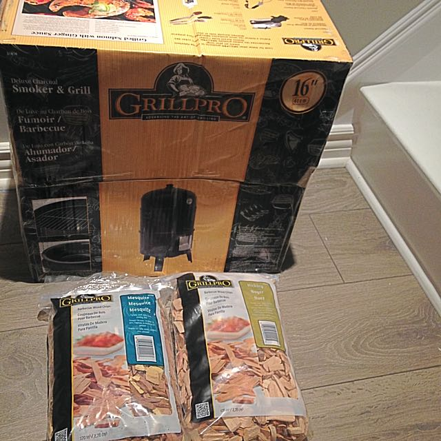 GrillPro Meat smoker