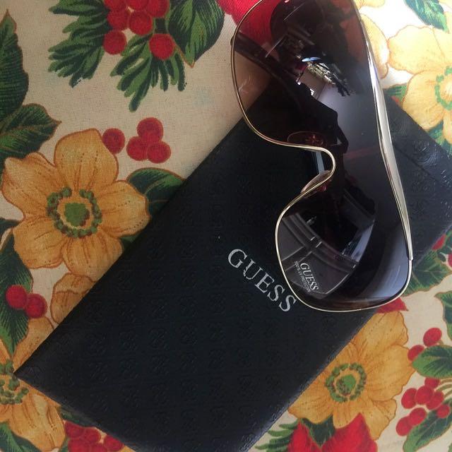Guess Eyeglass