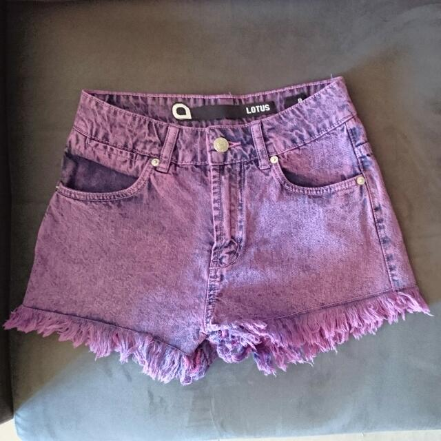 High-waisted Shorts size 8