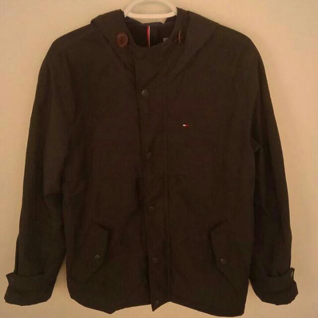 Men's Medium Tommy Hilfiger Rain Jacket