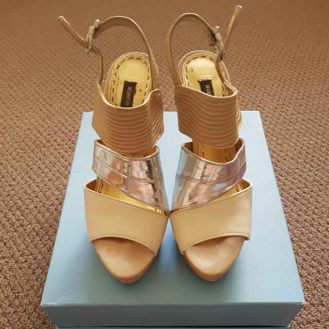 MIMCO Cream/Silver/Beige Snake High Heels Size 39