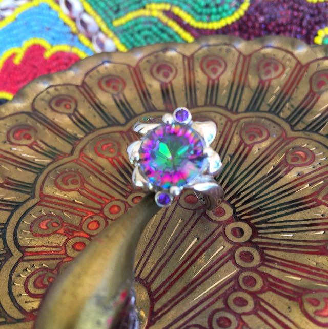 MYSTiC TOPAZ AMETHiST & 925 STAMPED STERLiNG SiLVER RiNG