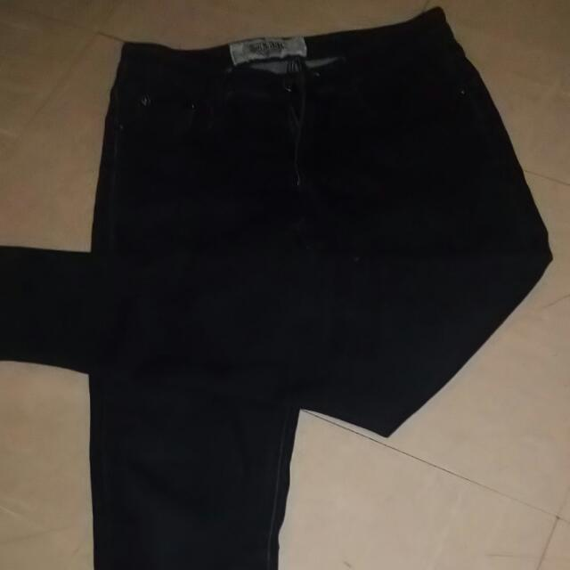 Preloved Black Skinny Jeans