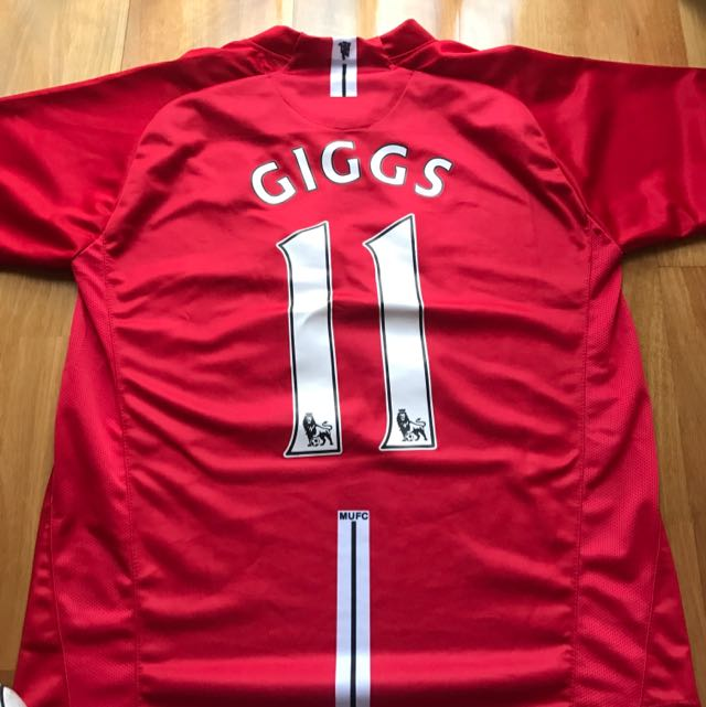 Ryan Giggs #11 Manchester United Soccer Top