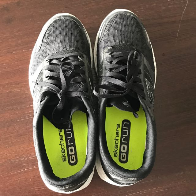 Skechers Running Shoes Size 43-44 Black