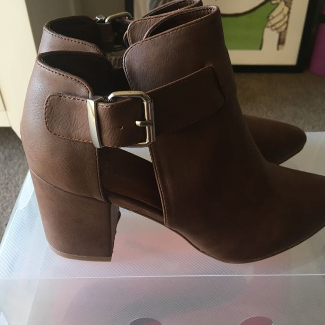SPURR Brown Ankle Boots
