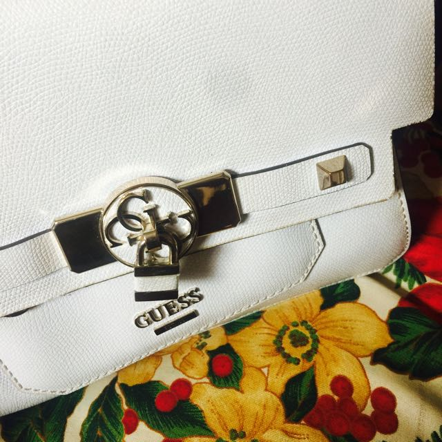 White & Black Guess Bag