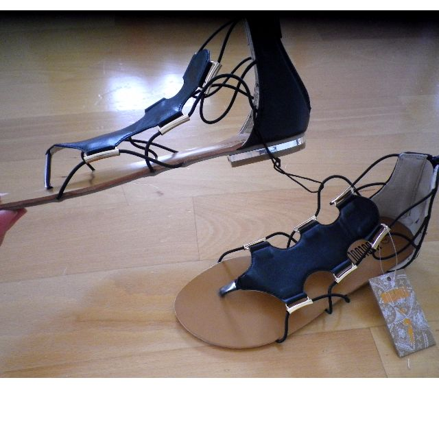 c14c5457c Women s Black Gold Detail Mooloola City Beach Sandals Flat Strappy Gladiator  AU7