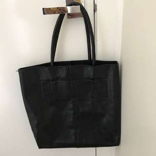 Offer A Price *Black Bag 👜*
