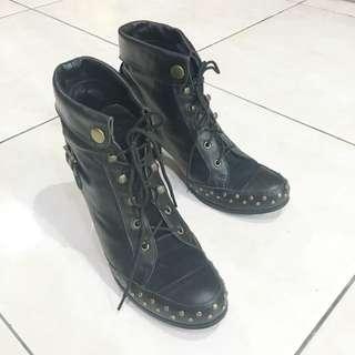 Vintage 黑色二手真皮拼接麂皮高跟雪鉤復古短靴