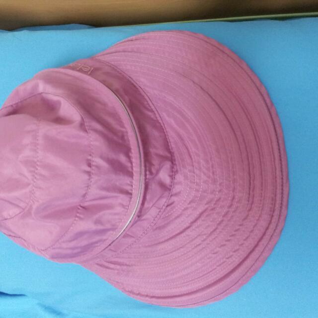 双用途遮阳板和帽子