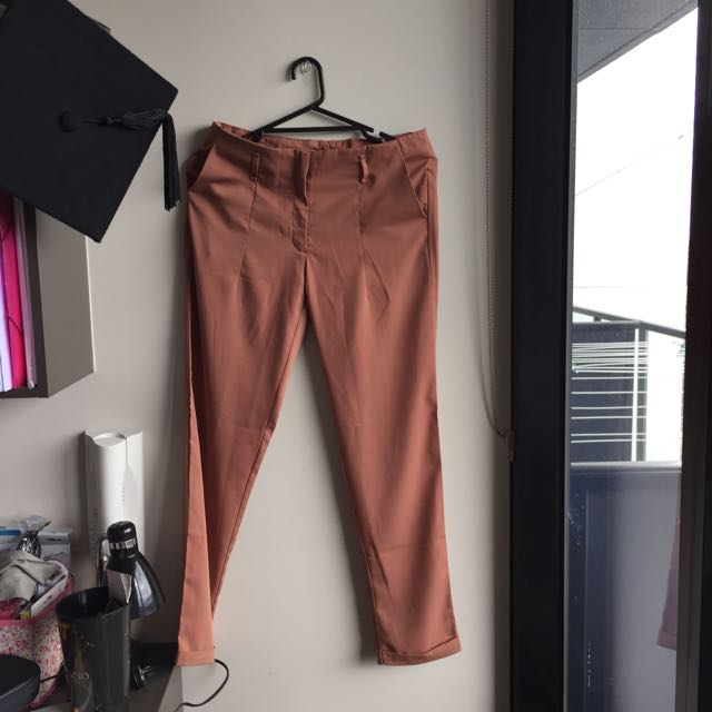 Ankle Length Pants Size M