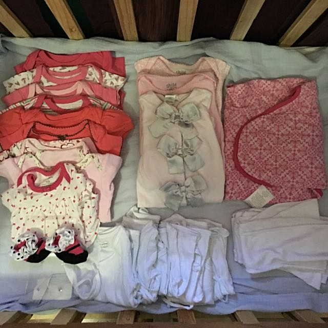 Assorted Newborn & 0-3 Months Clothes (40 Pieces)